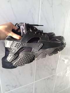 Brand new Nike huarache