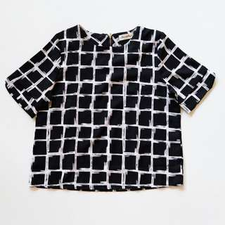Chocochips boutique grid top blouse