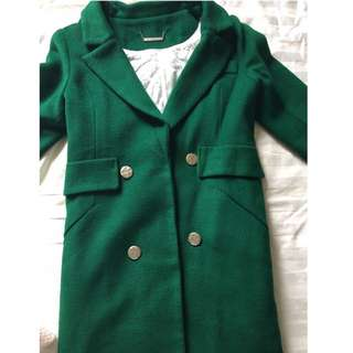 翡翠綠大衣