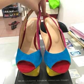 Maneesilp Handmade Heels
