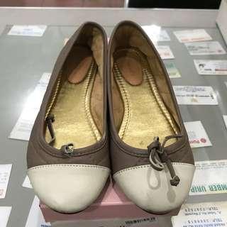 Pla flat shoes