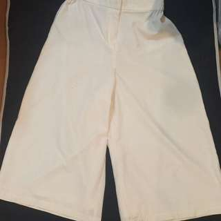 SM Woman White Culottes
