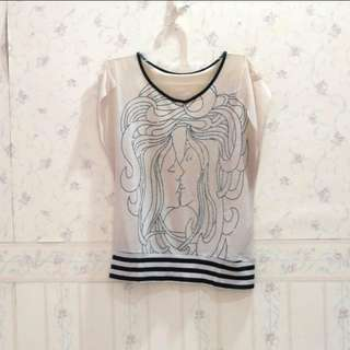 White vintage kissing blouse