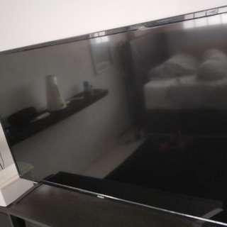 Akira 55inch UHD TV