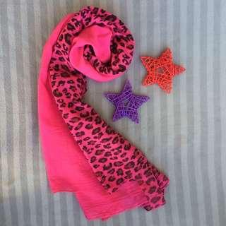 Leopard shawl #preloved #shawl #pink #muslimah