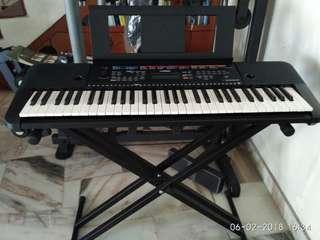 Yamaha Digital Keyboard model PSR E263