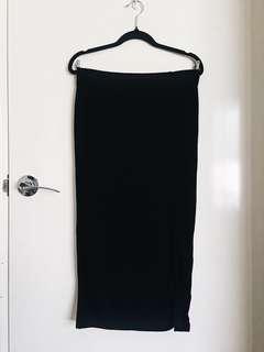 Valleygirl Camilla Front Split Pencil Skirt in Black