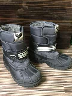 Size 13 Next boy's winter boots