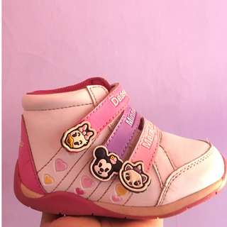 Sepatu disney balita perempuan uk 24