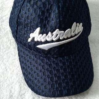 Topi Australia biru dongker