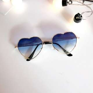 #806 harajuku heart shaped gradient sunglasses