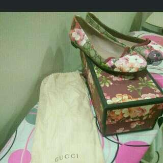 Gucci blossom flat shoe