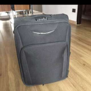 Eminent Black 2 Wheel Luggage