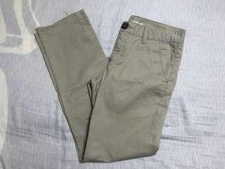 Freggo Khaki Pants