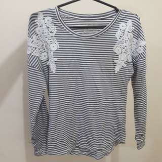 Stripped long sleeve top w/lace-ish detail