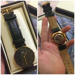 AUTHENTIC DW Rose gold leather watch