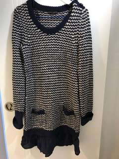 Sell for friend 🈹🈹🈹Dorothy Perkins UK6 wool dress