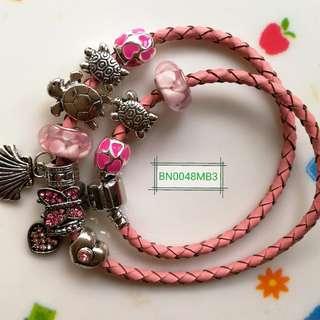 皮繩手鍊鏈Bracelet (非潘氏產品)