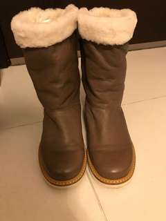 Sell for friend 🈹 Red Valentino real leather boots size 37 (good up to 38)