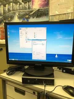 HP 8200 w 24 in Samsung monitor