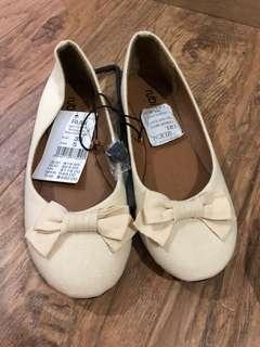 Sepatu Ruby Baru size 35