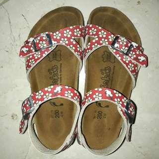 Birki's sepatu sandal