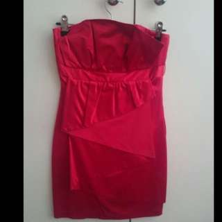 Seduce Formal Dress Red Size 6