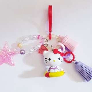 Hello Kitty ♡ keychain