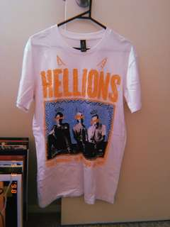 hellions band merch t-shirt, men's medium