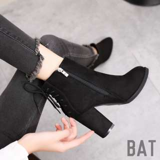#1 | Heeled Lace-Up Ankle Boots