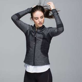 AUTHENTIC Lululemon US 8 Find Your Bliss (REVERSIBLE) Jacket