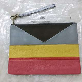 FOSSIL Authentic (Clutch)