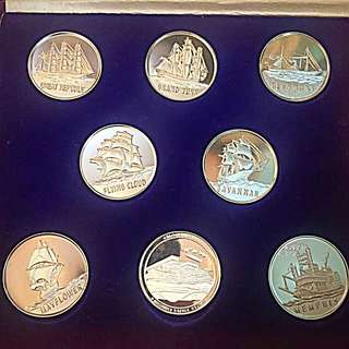 1975 Medals Commemorating the Participation of the United States at the International Ocean Exposition Okinawa Japan