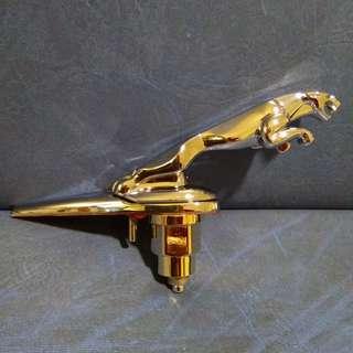 Jaguar Emblem (sliver)