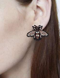 Embroidered bee studs