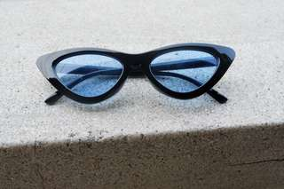 Black Blue Cat Eye Sunnies