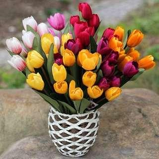 1buket bunga tulip imitas (terdiri dri 9kuntum)