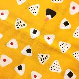 🚚 日本選物:: 芥末黃御飯糰花布 餐巾桌布/手帕布巾