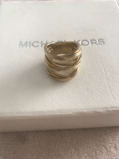 Michael Kors MK gold tone chunky stacked band ring