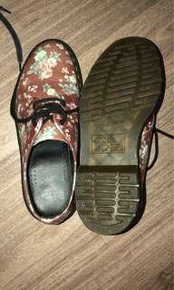 Sepatu wanita dr marten original uk 39 like a new
