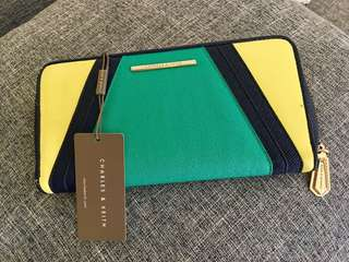 AUTHENTIC CHARLES & KEITH WALLET