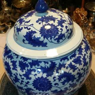 Pasu /Pot Ceramik china D