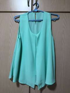 Chiffon sleeveless blouse in mint