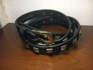 Belt ikat pinggang Bershka Studs