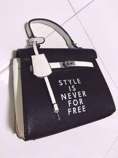 Style is never for free Slingbag