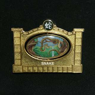 上海 迪士尼 蛇年 徽章