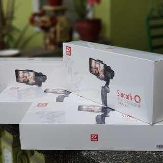 Zhiyun SmoothQ 3-Axis Gimbal Smartphone Stabilizer
