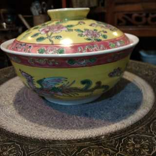 Mangkok bertutup / tureen Ceramik china