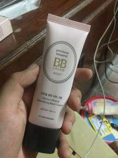 (REPRICED) Precious MineralBB Cream Moist (Beige)