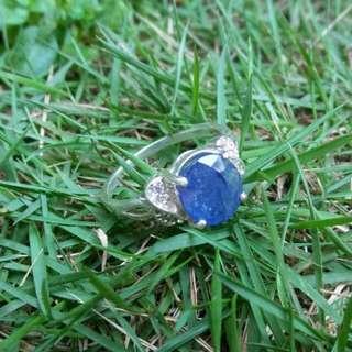 Cincin blue sapphire